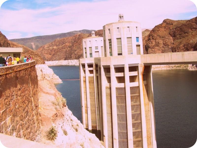 Visit Hoover Dam in Las Vegas