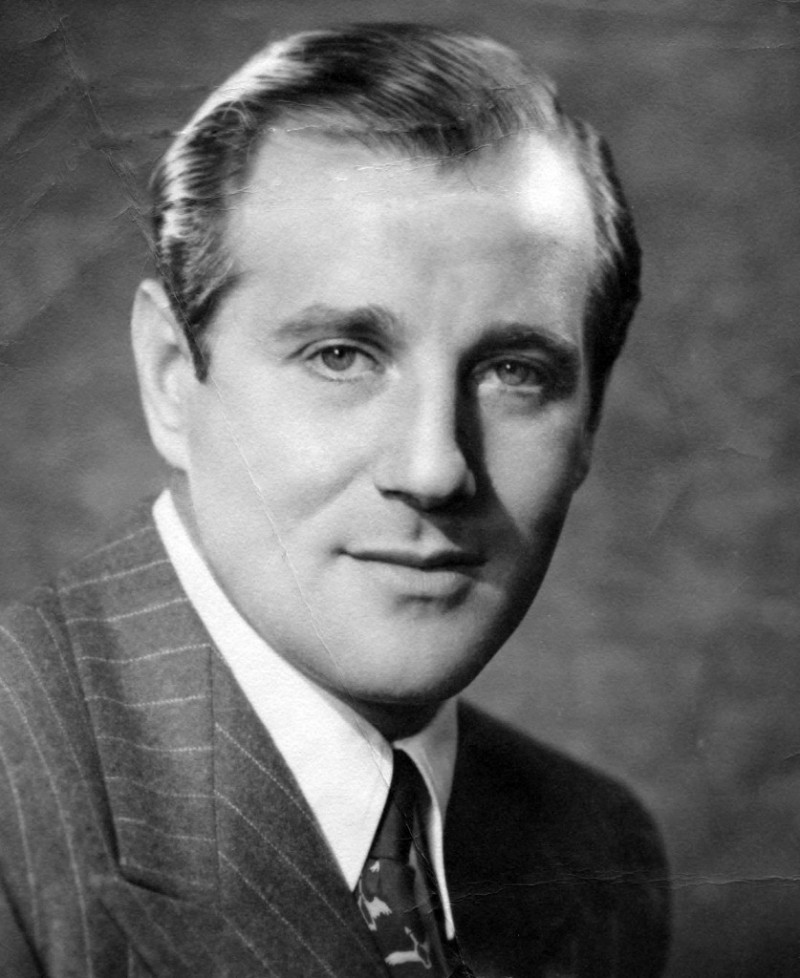 An interview with the daughter of Bugsy Siegel, Millicent about life with Bugsy and her opinion on Las Vegas