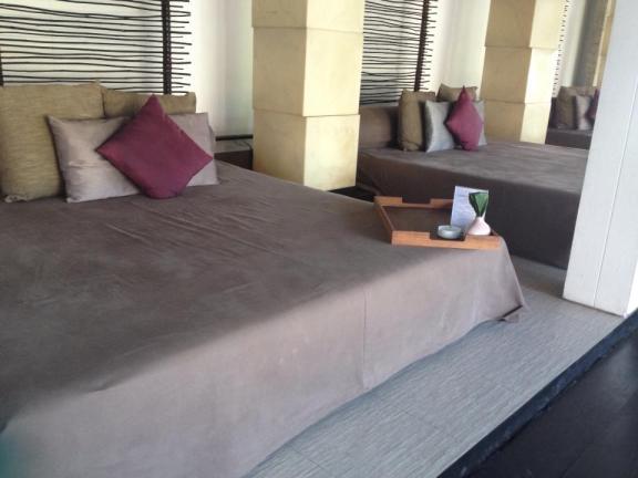 Beds at bar@c at Amari