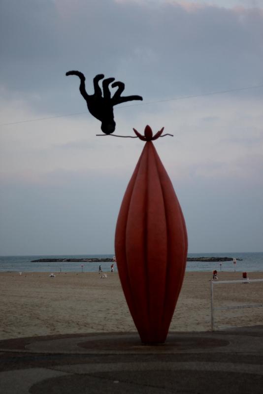 A sculpture on beach in Tel Aviv