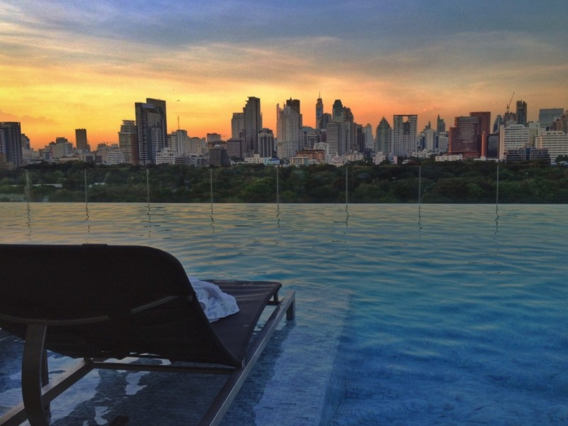 Infinity pool at Sofitel SO