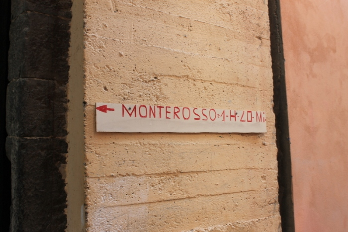 Sign for Monterosso trail