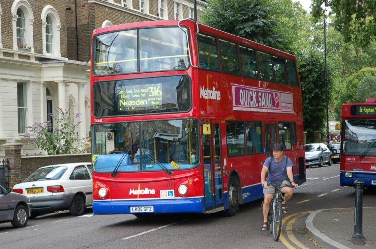 London_Bus_route_316