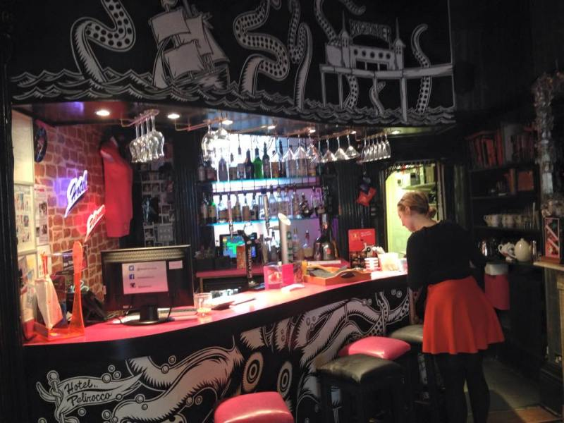 The bar at Hotel Pelirocco