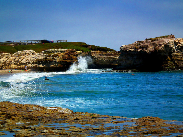 The best beaches to check out in Santa Cruz, California via http://www.dtravelsround.com/2015/06/23/citylove-beaches-santa-cruz/