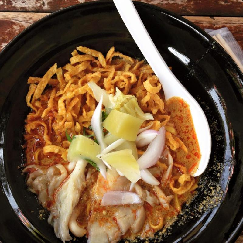 Things to do in Chiang Mai: eat khao soi at Khao Soi Nimman