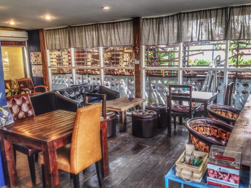 Things to do in Chiang Mai: explore the coffee culture in Nimmanhaemin