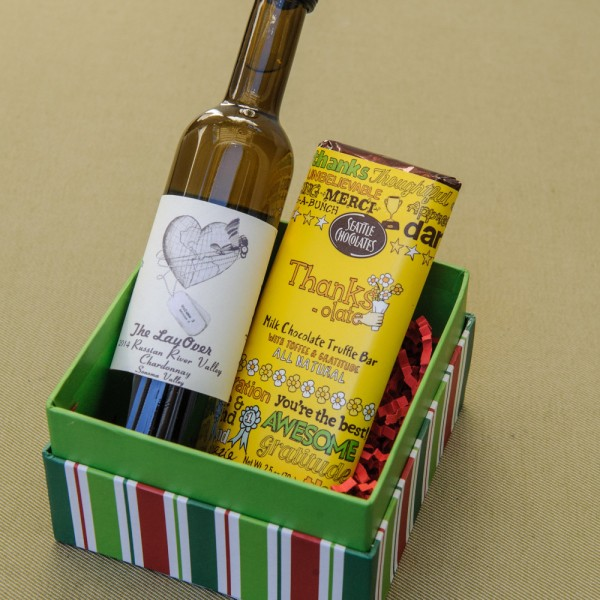 The Gift Guide for Travelers featuring only sustainable gifts and gifts which give back to local communities. Pictured: Wine that passes through the TSA, courtesy of Fly Wine. For more, visit www.dtravelsround.com