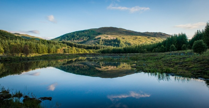The Gift Guide for Travelers featuring only sustainable gifts and gifts which give back to local communities. Pictured: Help preserve woodlands by purchasing some in Scotland, complete with official Title and land deed. For more, visit www.dtravelsround.com