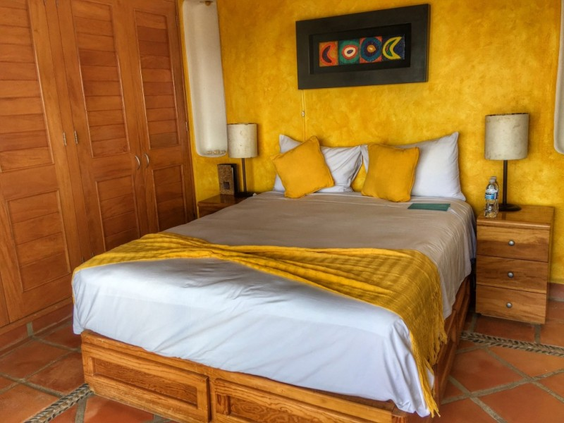 Looking for a boutique hotel with a view of the city in Puerto Vallerta? Check out the lush Luna Liquida, located