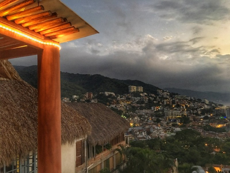 Looking for a boutique hotel with a view of the city in Puerto Vallarta? Check out the lush Luna Liquida, located